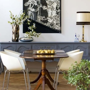 citypark-2-bedroom-luxury-apartment-budapest-dining-table-1